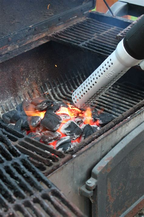 Lighting Charcoal Grill by How To Light A Charcoal Grill Fast Erin Spain