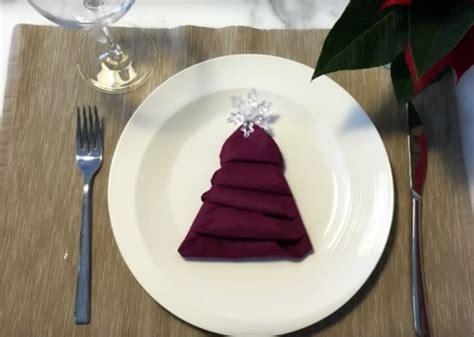 Albero Di Natale Tovagliolo by Come Fare L Albero Di Natale Col Tovagliolo La Cucina