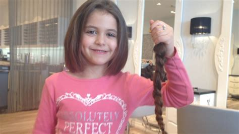 five year old gets haircut for first time rean carter 6 year old girl gets first haircut to help cancer patient