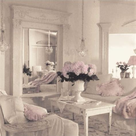 shabby chic livingrooms 1000 images about shabby chic classroom on