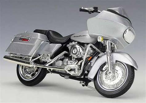 Harley Davidson White Silver 1 1 18 silver diecast harley davidson 2002 fltr road glide model nm01b313 ezmotortoys