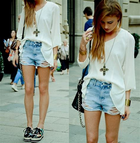 Juliet Dress Cardi Af lua p shorts romwe creepers vintage blouse black top