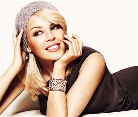 wallpaper dinding female daily kylie minogue wallpapers daily inspiration art photos