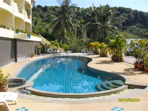 swimming pool bedroom pictures kat2871 kata 1 bedroom apartment with sea view and swimming pool phuket rent house