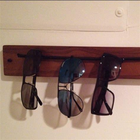 Diy Sunglasses Rack by Diy Sunglasses Holder Things For Walls