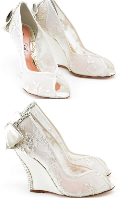 Lace Wedge Wedding Shoes by Lace Wedding Shoes Wedges Classical Luxurious And Trendy