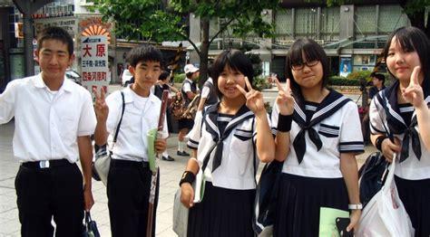 film boboho sekolah 10 seragam sekolah terbaik di dunia indonesia nomor berapa