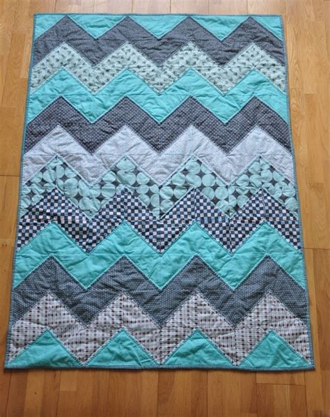 Chevron Patchwork - 71 best images about eiderdown design ideas on