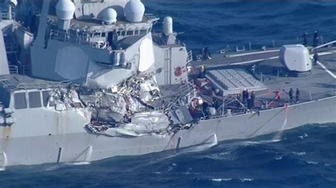 us navy crash boats uss fitzgerald crash race to find seven missing navy crew