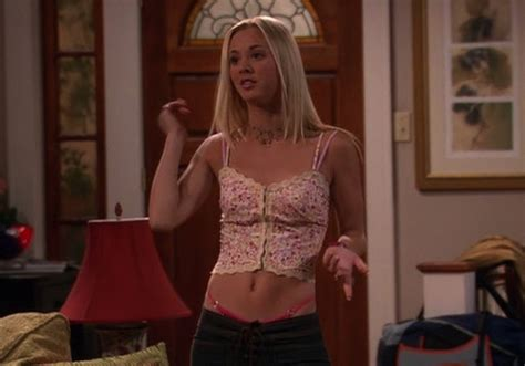 Every Awkward Outfit Kaley Cuoco Wore On Tv In The S