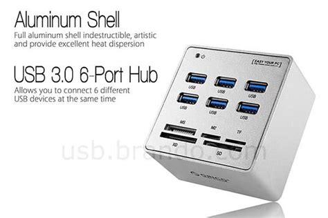 Card Reader With Usb3 0 Hub the usb 3 0 hub with card reader gadgetsin