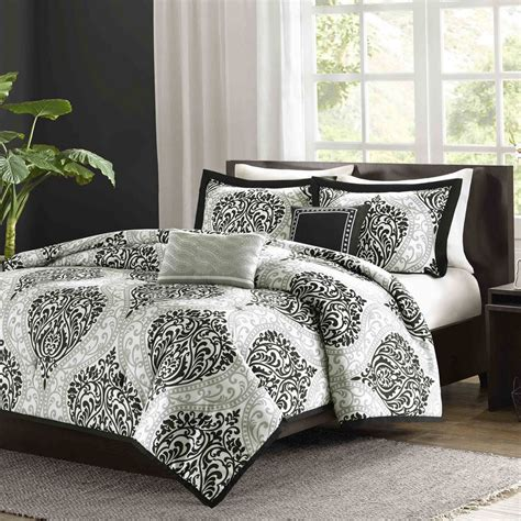 target king size bedding bedroom alternative down comforter target quilt