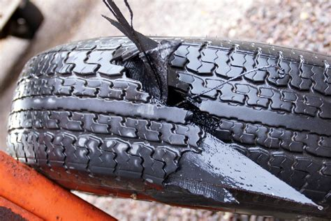 boat trailer tires wearing unevenly trailer tires the hull truth boating and fishing forum