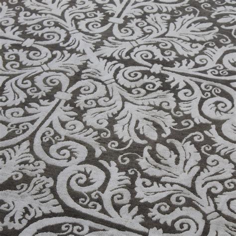 custom rug design tre s custom rug design picks the rug establishment
