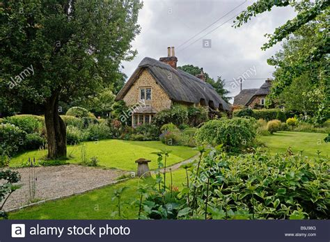 typical houses in your country europe typical old english country houses england united