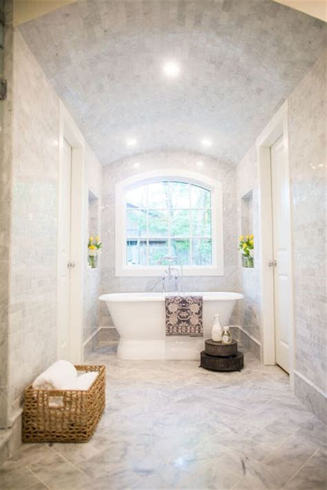 Small Bathroom Ideas With Shower Only by Fixer Upper Bathroom Before Amp Afters House Of Hargrove