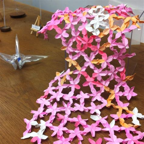 Origami Cherry Blossoms - origami look like cherry blossoms origami flowers