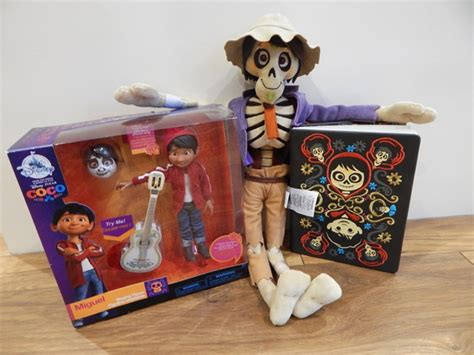 coco toys the disney store pixar coco toys and accessories