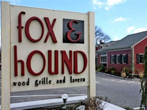 paint nite quincy ma fox and hound july 15th paint nite event