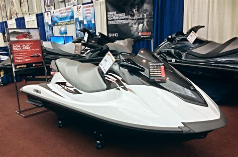 boat show in buffalo ny pwc appolson s performance center