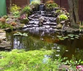 Beautiful Petit Bassin De Jardin #8: Estanque-varias-cascadas-piedras-plantas.jpg
