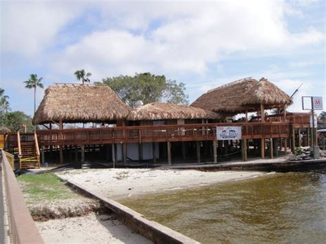 the boat house cape coral cape coral boat house 28 images cape coral yacht club the boathouse tiki bar and