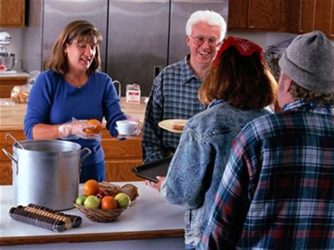 Find A Soup Kitchen Near You Volunteer At A Soup Kitchen Howstuffworks