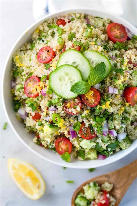 Simple Side Salad With Herbs Chagne Vinaigrette by 25 Best Ideas About Tabbouleh Recipe On