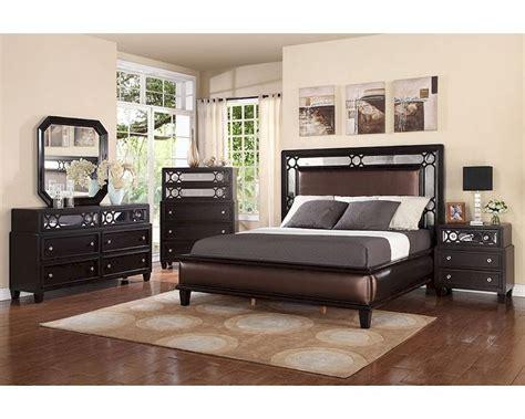 Upholstered Bed Set Bedroom Set W Upholstered Bed Mcfb372set