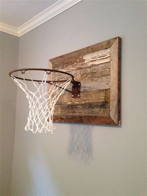 basketball goal w reclaimed wood www themagnoliamom