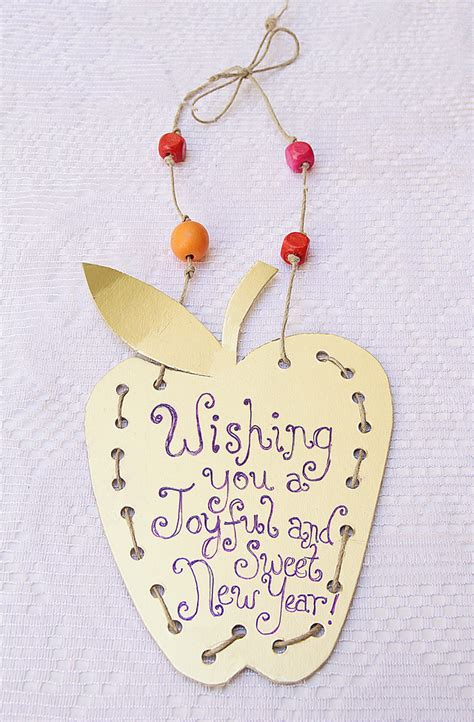 new year craft for golden apple placard for the new year creative