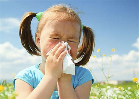 with allergies soothing seasonal allergies pamf health