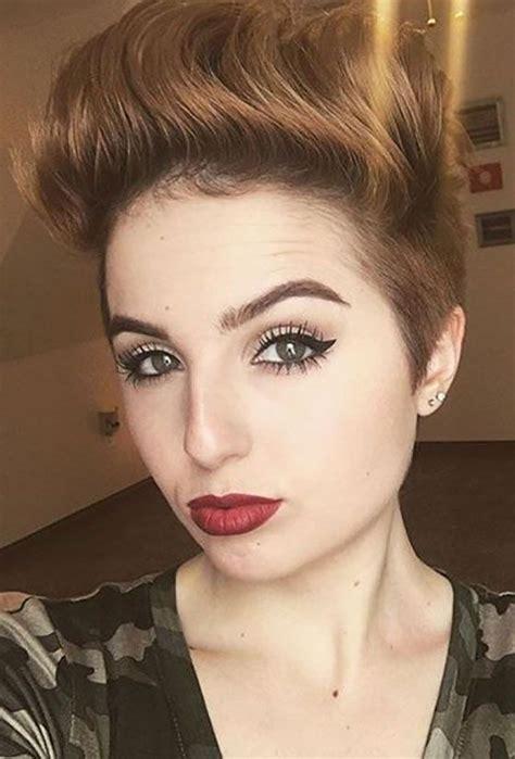 gaya rambut pendek  rambut tipis wanita