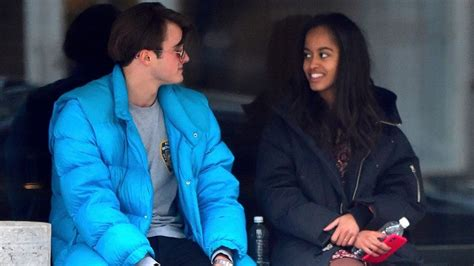 obama daughter boyfriend malia obama spotted with new boyfriend former head boy