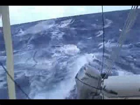 catamaran sailing pacific ovive sailing fast in the south pacific youtube