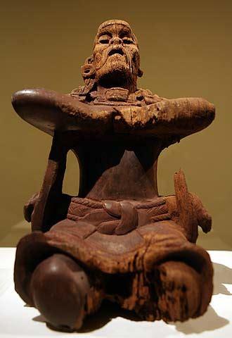 imagenes figuras mayas escultura maya en madera cultura el pa 205 s
