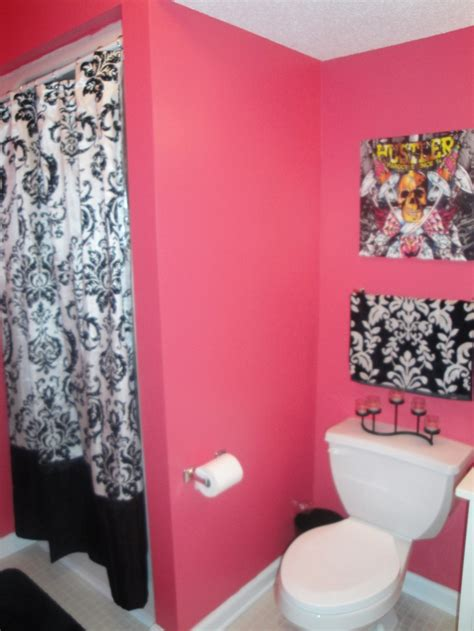 black and pink bathroom ideas love the hot pink and black for girls bathroom maybe