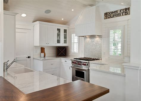 white cottage kitchen ideas small white cottage kitchen interior design