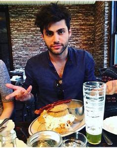 matthew daddario diet matthew daddario and his girlfriend esther kim matthew