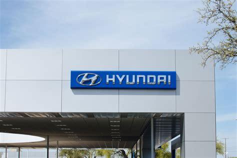 Huffines Hyundai by Huffines Hyundai Plano Cantera Design