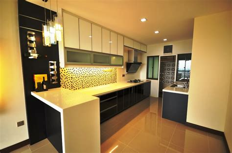 black and white kitchen with 3g glass as cabinets door