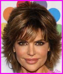 lisa rinna haircut photos hairstyles fashion makeup
