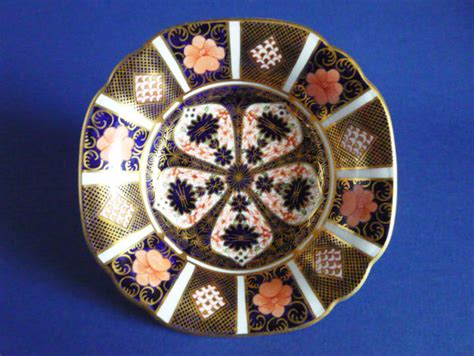 derby pattern numbers royal crown derby old imari japan pattern 1128 dish c1935