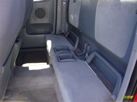 toyota tacoma bench seat 2005 toyota tacoma x runner rear seat photo 69413602