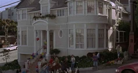 mrs doubtfire house opening sequence hooked on houses
