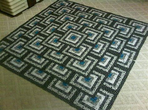Thinking Outside The Box Quilt Free Pattern by Black And White Think Outside The Box Quilt Update