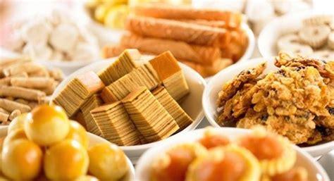 calories of new year goodies pineapple bak kwa kueh bangkit calories cny goodies