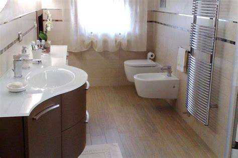 rifacimento bagni ristrutturazione bagni cucine appartamenti a