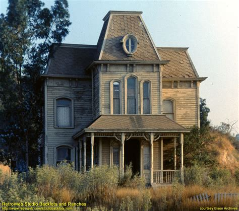 movie houses psycho house in mid 1970 s the best creepy house in the