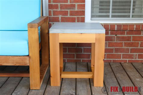 diy outdoor side table   concrete fixthisbuildthat